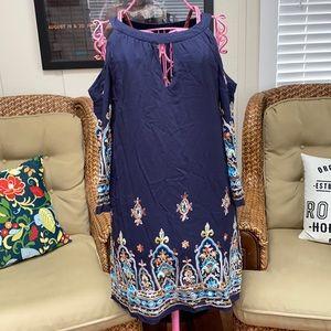 Sangria cold shoulder embroidered dress size 10